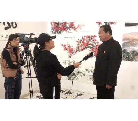 石榮祿接受新疆特克斯電視臺采訪
