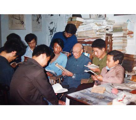 1979年鄭曉京在蕭勞先生家學詩